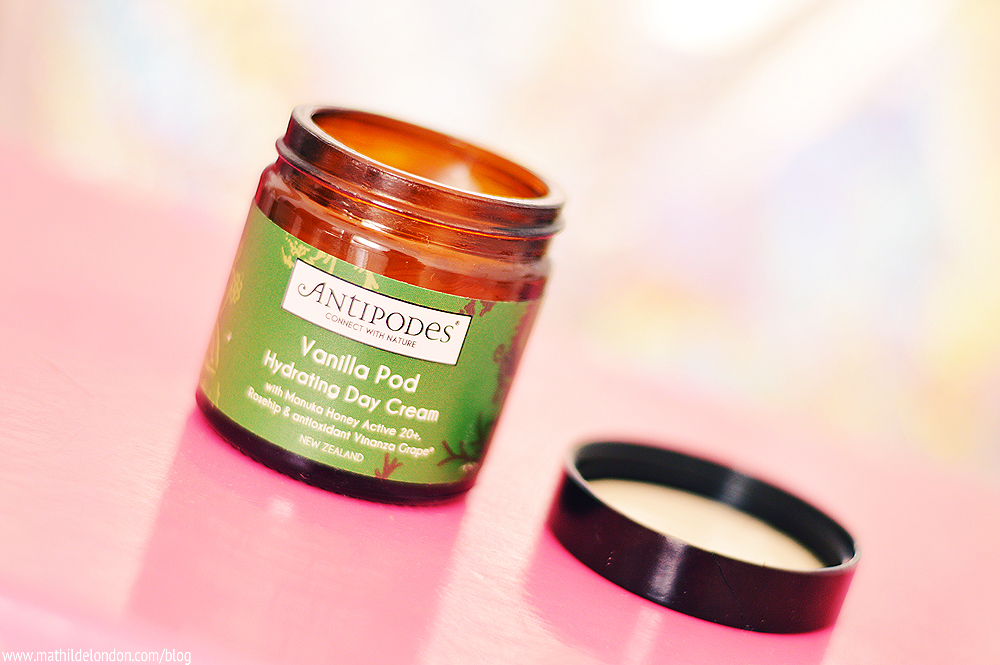 photo antipodes hydrating day cream vanilla